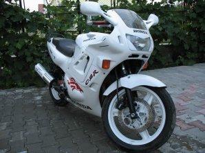 Honda CBR F1